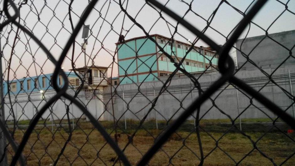 CNDH revela autogobierno en cárceles en México