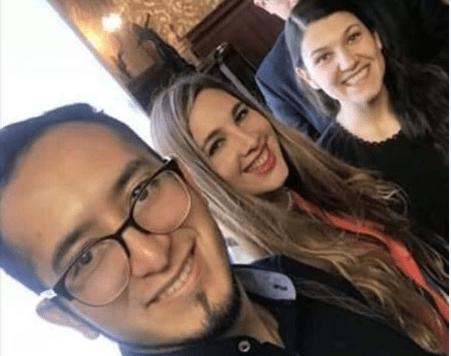 Van a 'defender' al Estado mexicano y presumen selfie