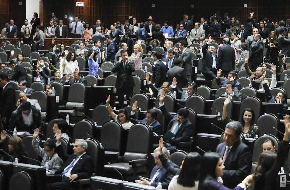 diputados preven aumentarse bonos en presupuesto 2018