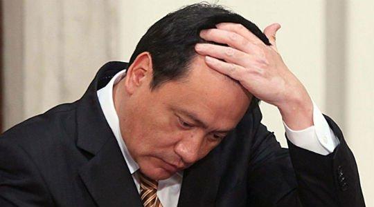 No le va nada bien a Chong en el Senado