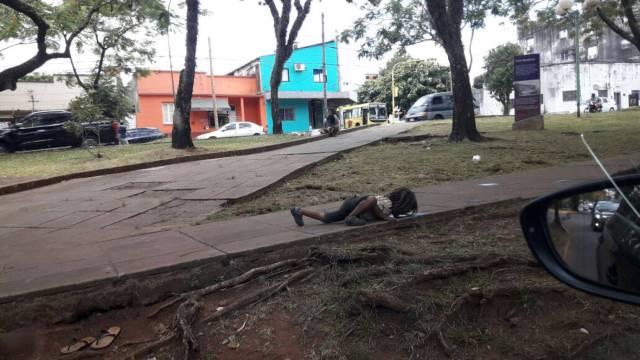 foto niño guaraní agua argentina misiones posadas