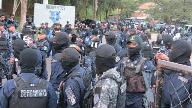 Policía de Honduras se declara en huelga tras crisis electoral