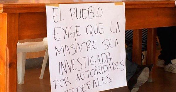 Familiares denuncian 'tiro de gracia' en víctimas de operativo en Temixco