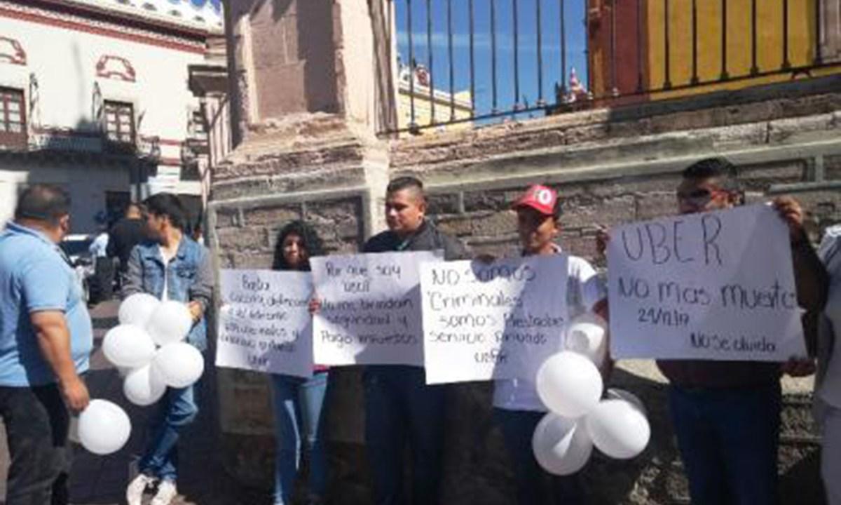 Operadores de uber exigen seguridad y condiciones laborales en Guanajuato
