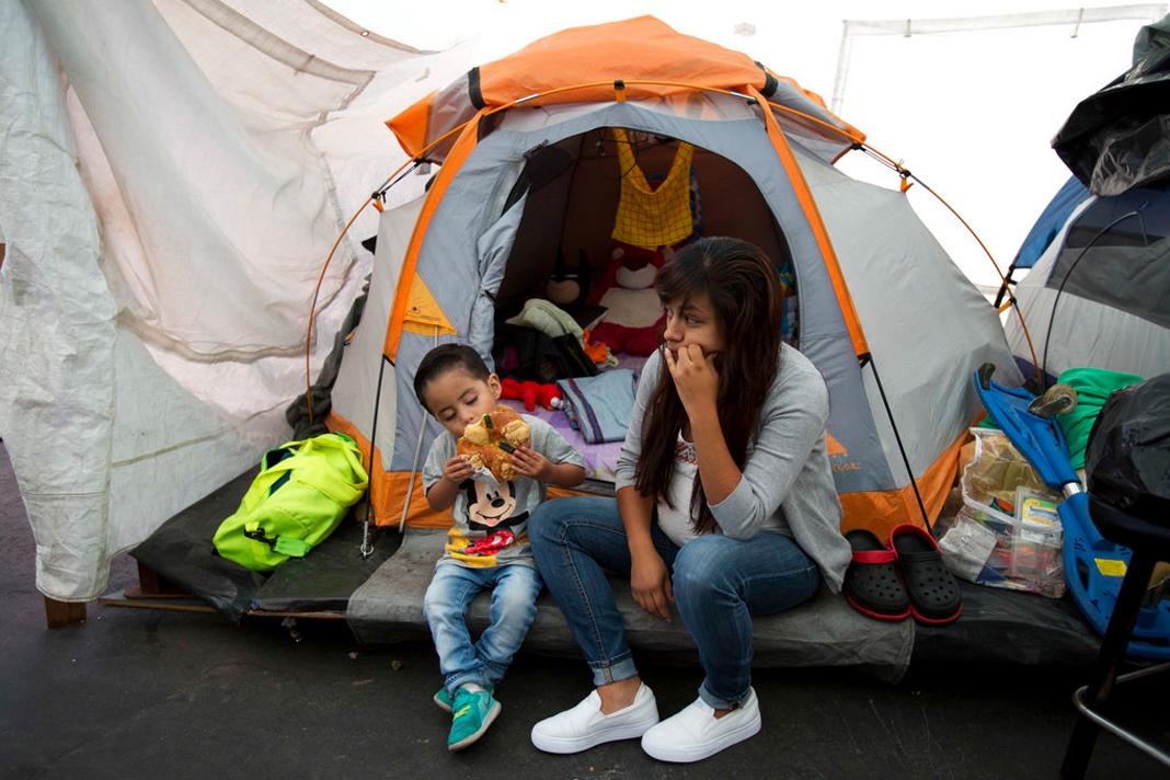 Sin vivienda ni educación: situación de miles de niños tras 19S