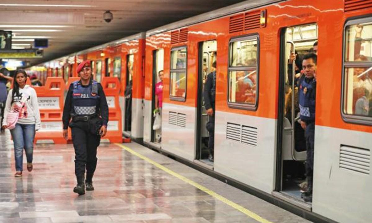 roban cartera a diputado de la ALDF en el Metro
