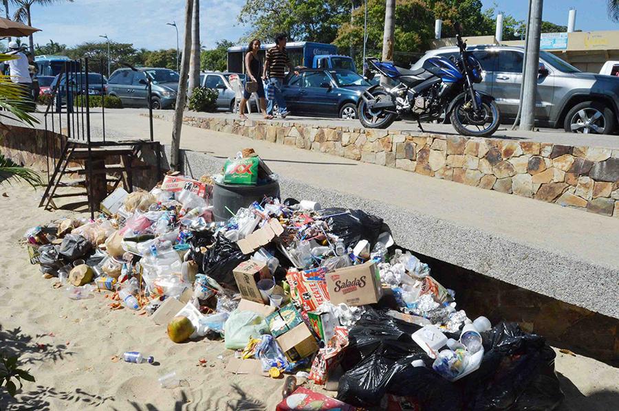 Festejos de Año Nuevo dejaron 85 toneladas de basura en Acapulco