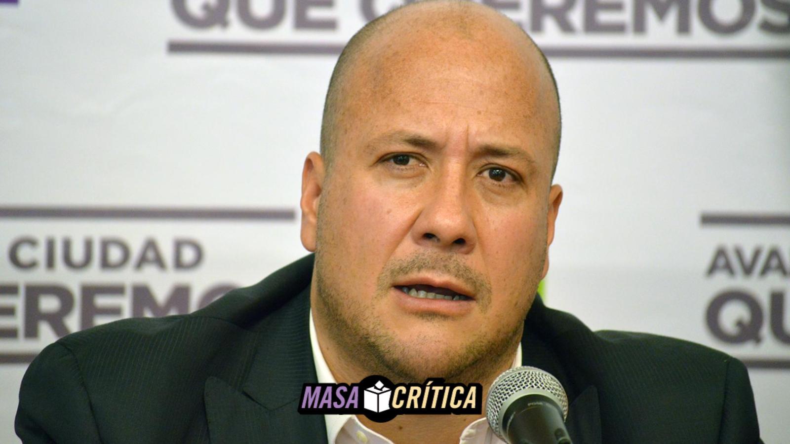 Enrique Alfaro, candidato por MC para gubernatura de Jalisco, denuncia acoso policiaco