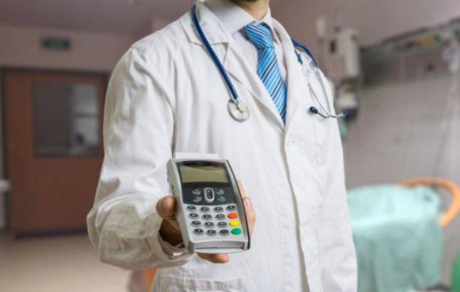 médicos obligados a recibir pago con tarjeta SCJN