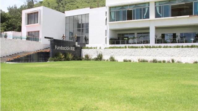 Asegura propiedades de Roberto Sandoval, una de ellas ligada al 'Canelo'