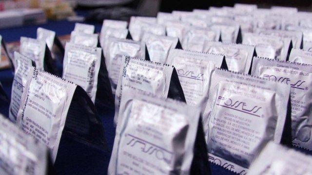 Cofece multa empresas condones coludirse en licitaciones