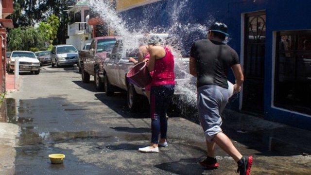 Gobierno CDMX prepara multas desperdicio agua sábado de gloria