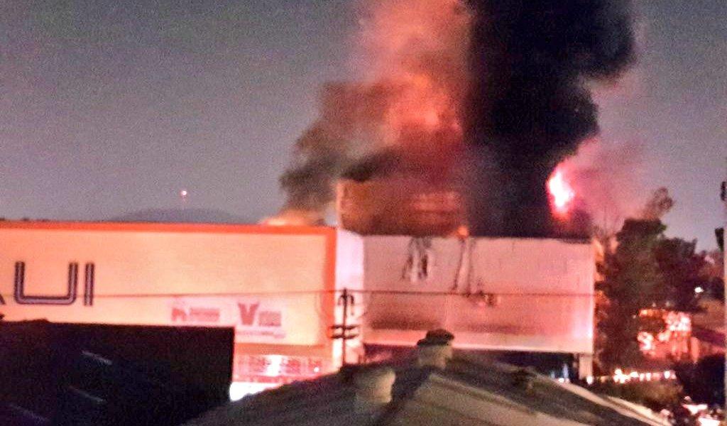 Incendios en CDMX: súper, mercado y local