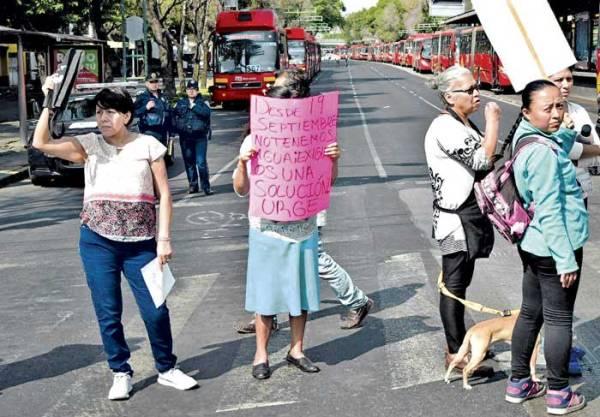 Manifestantes en Iztacalco por falta de agua