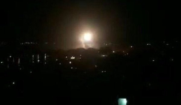 Trump bombardea Siria, explosiones en Damasco