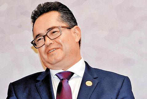 Leonel Luna, candidato, asambleísta y exdelegado