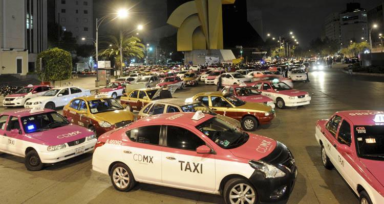 Taxis tendrán que hacer cobro electrónico a partir de mayo