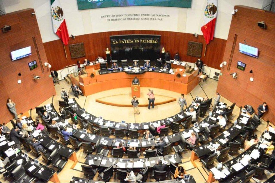 Senado frena propuesta de eliminación del fuero