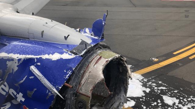 Explota turbina de avión en pleno vuelo, aterriza de emergencia en Philadelphia