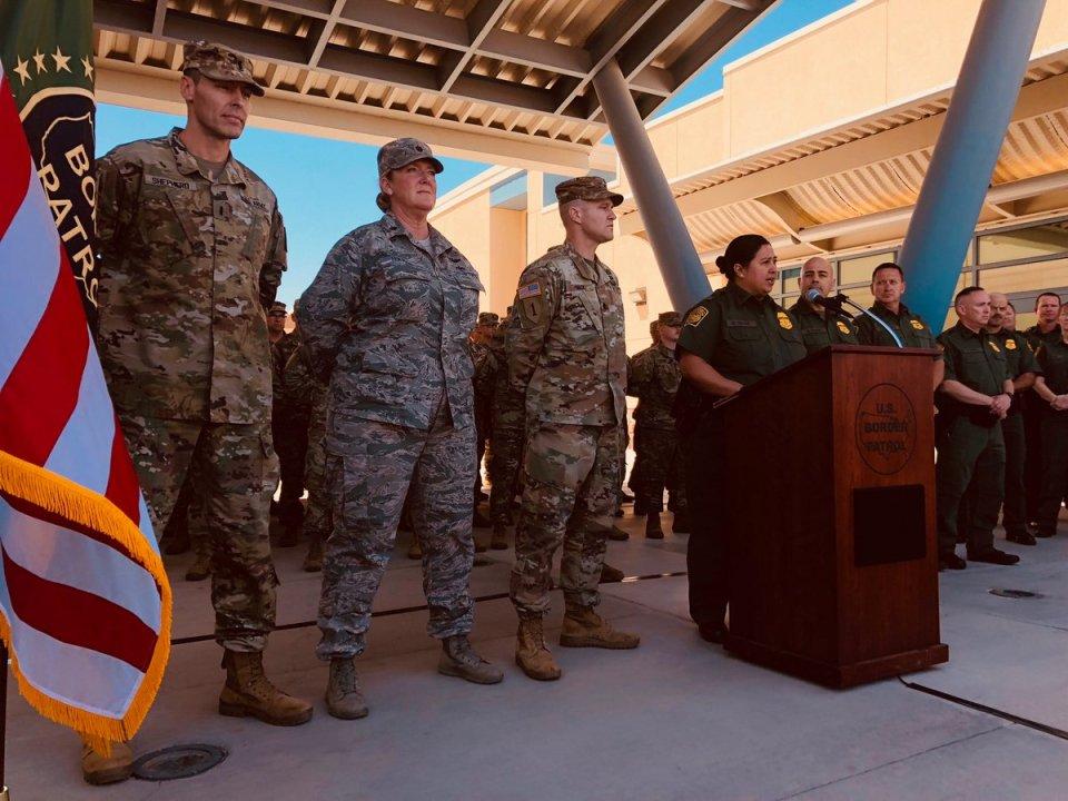 Guardia Nacional en la frontera entre Mexicali y Calexico