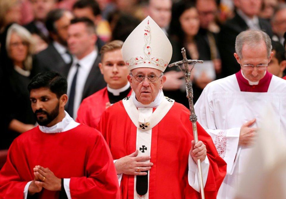 Papa Francisco Gay LGBT Karadima Pedofilia