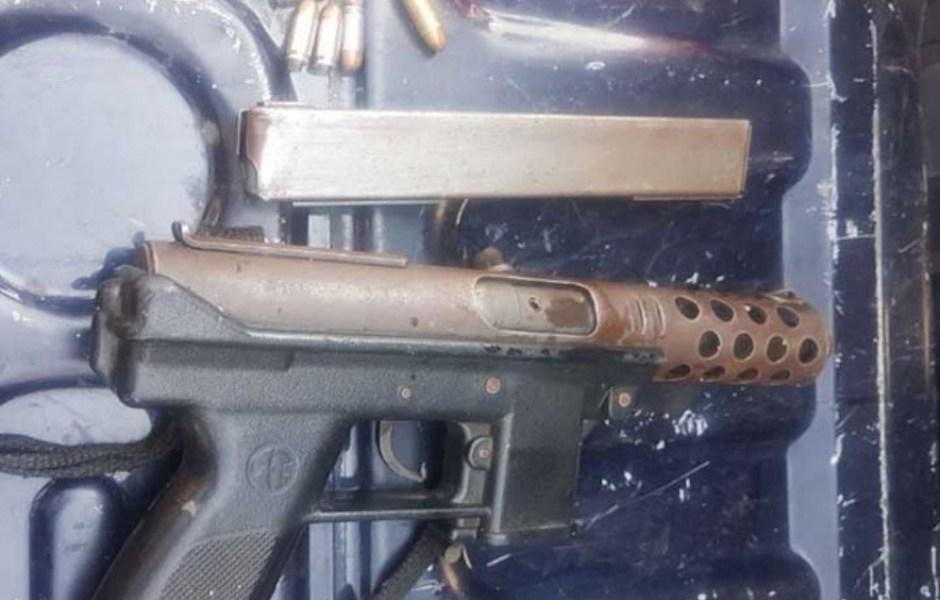Le dispara a su vecino con subametralladora en Álvaro Obregón