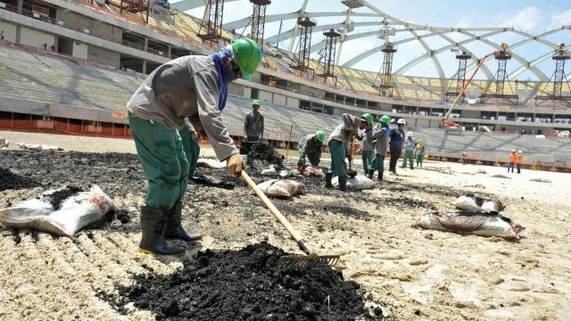 Mundial de Qatar; van más de 2 mil muertos en construcciones