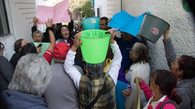 Protestan en Iztapalapa por falta de agua: cierran Ermita- Iztapalapa
