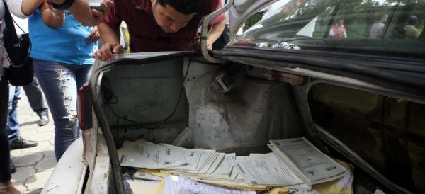A proceso, dos detenidos por robo de boletas en Puebla