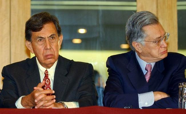 Barlett y Cárdenas defediendo el petróleo en 2003
