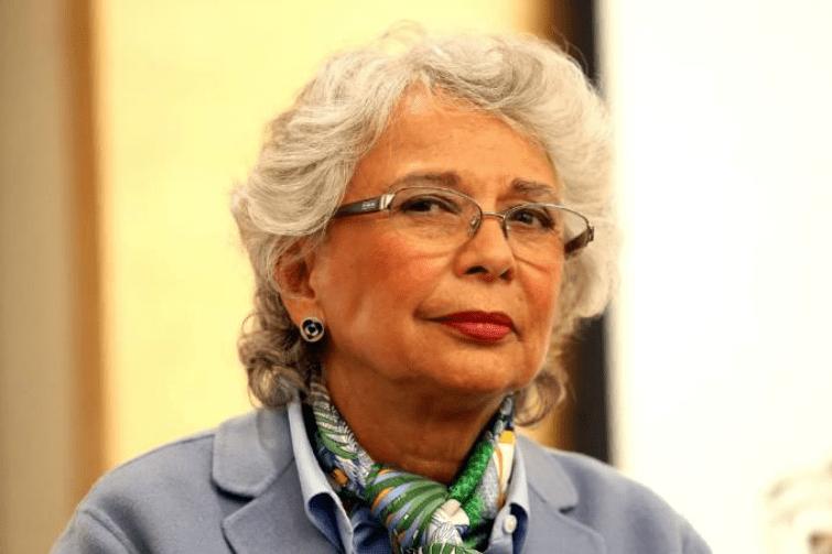'No estoy a favor del aborto', declaró Sánchez Cordero y todos aplaudieron