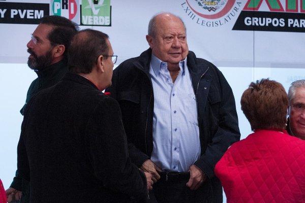 Romero Deschamps habría solicitado amparo, informa Reforma