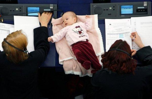 Mujeres, Política, Bebés, Conciliación