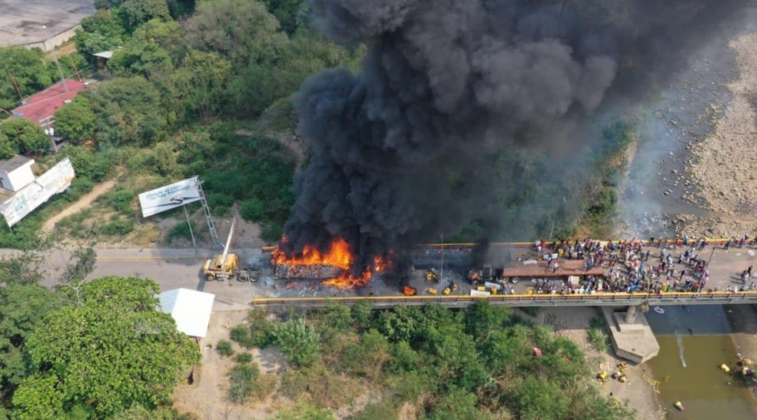 Maduro no quemó ayuda humanitaria, fue la Oposición, revela NYT