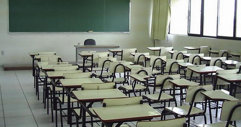 Asaltan a alumnos de primaria en su salón