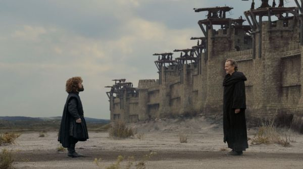 Tyrion frente a King's Landing antes de la última batalla