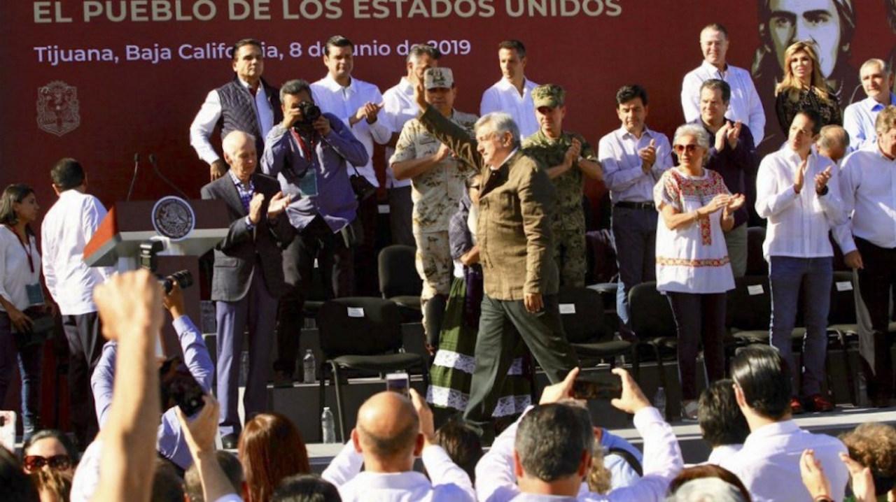 Para festejar que no hay aumento de aranceles, AMLO encabeza evento en Tijuana