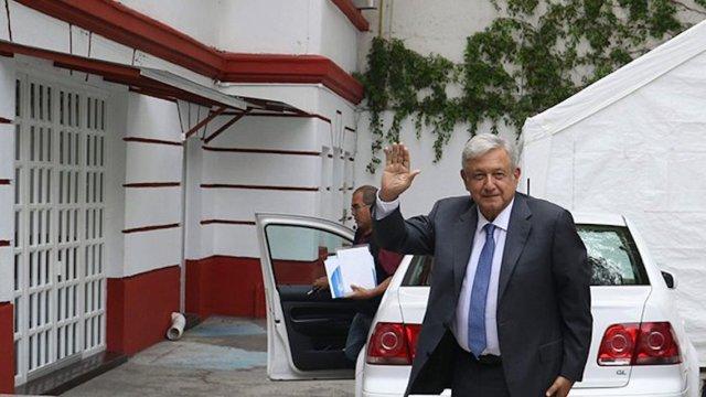 AMLO se muda a Palacio Nacional y no a Los Pinos