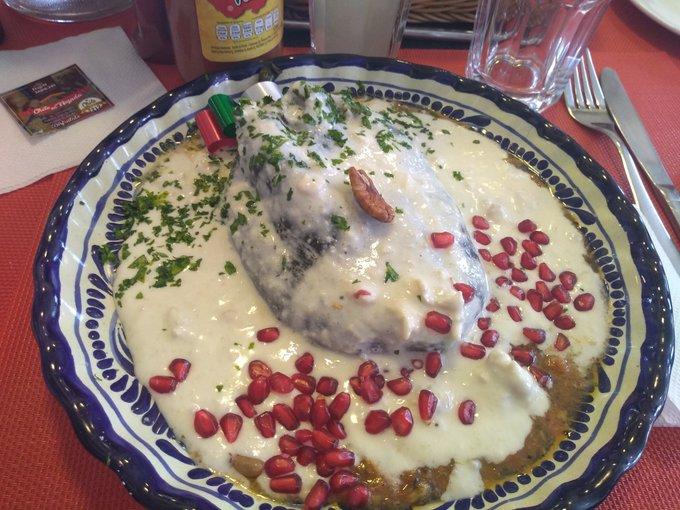 Deberías ir a la Feria del chile en nogada en Puebla