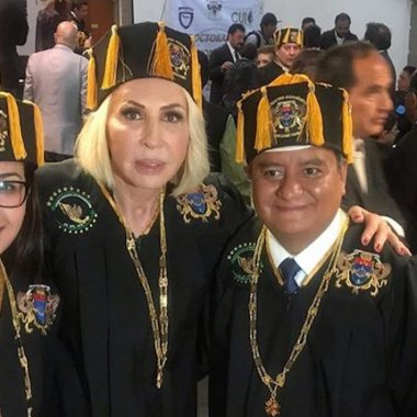 Laura Bozzo no recibirá doctorado honoris causa por el congreso