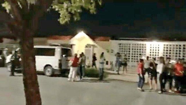 Secuestro de más de veinte trabajadores de un call center