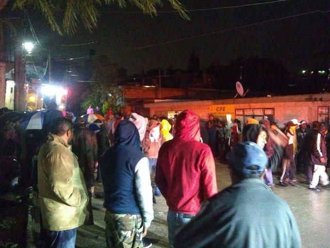 Siete muertos por deslave de cerro en Puebla