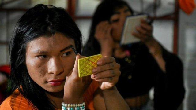 trans-indígena-discriminación-mexico-colombia