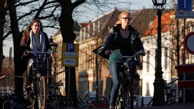 Para alcanzar la paridad de género, Universidad de Eindhoven contratará mujeres