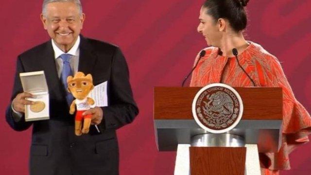 Deportistas parapanamericanos reclaman adeudos a Conade; Guevara dice pagarán