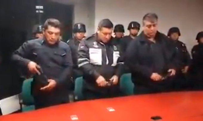 Policías de Toluca extorsionaron a joven y fueron dados de baja por abuso de autoridad