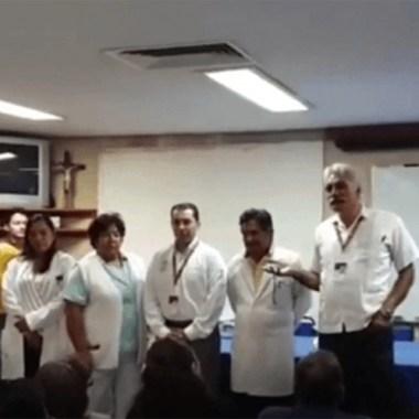 Mireles llama 'nalguita' a mujer en hospital de Uruapan