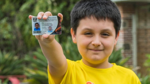Carlos Santamaría, niño talento, es acosado en la UNAM
