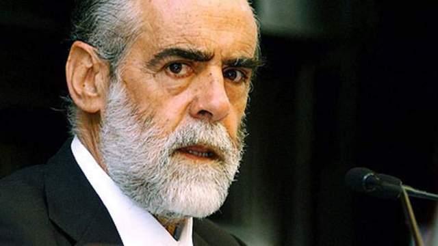 Fernández de Ceballos tiene una deuda de 900 millones