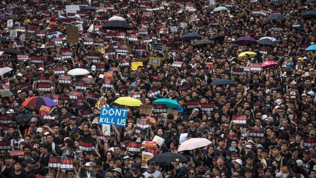 Jefa Ejecutiva de Hong Kong anunció la cancelación de la ley que inició las protestas